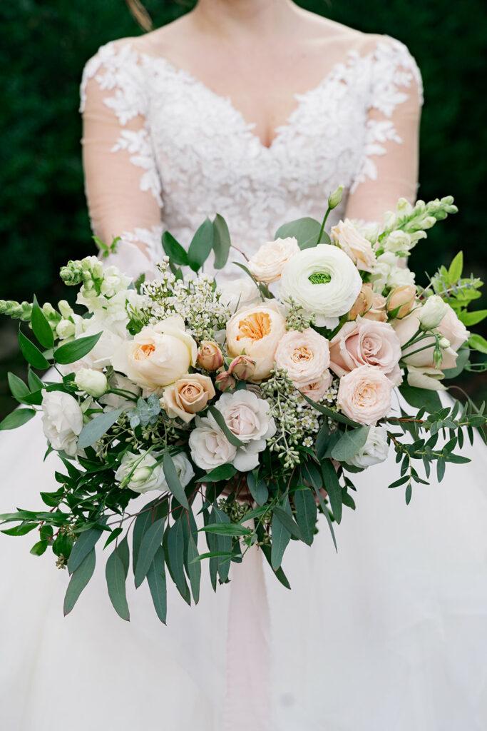 Romantic garden bridal bouquet inspiration | Asheville Elopement