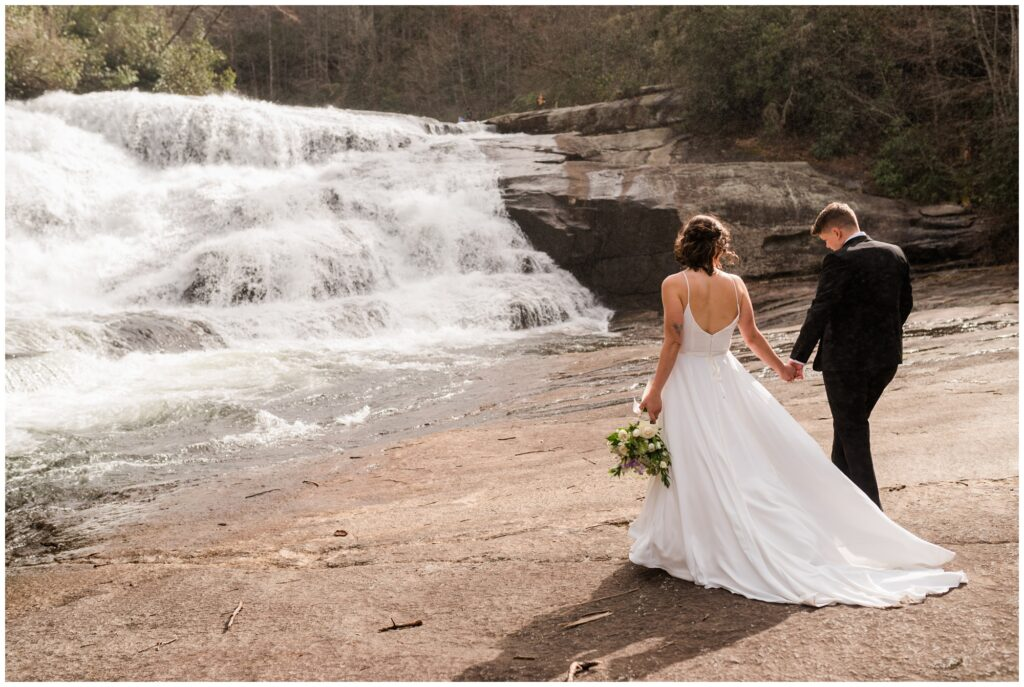 How to plan an elopement in Asheville NC.