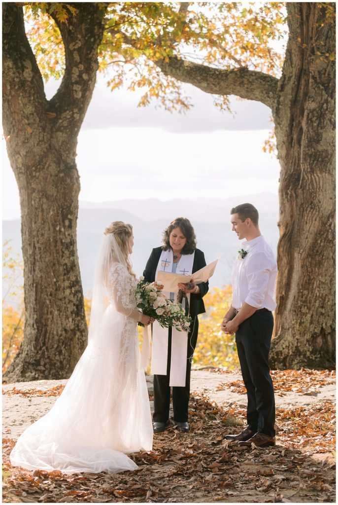Asheville Elopement during fall | The ultimate elopement planning checklist